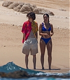 timothee-chalamet-eiza-gonzalez-on-beach-in-mexico-12.jpg